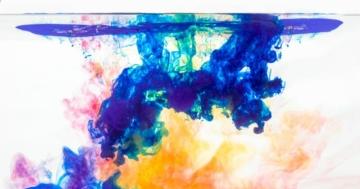 acrylfarbe-mit-wasser-mischen